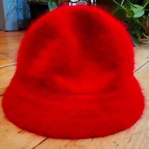 Red Angora Buckethat